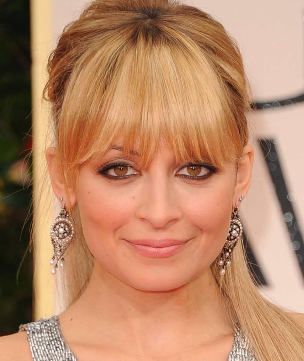 Layered Haircuts For Square Faces: Long Haircuts With Bangs