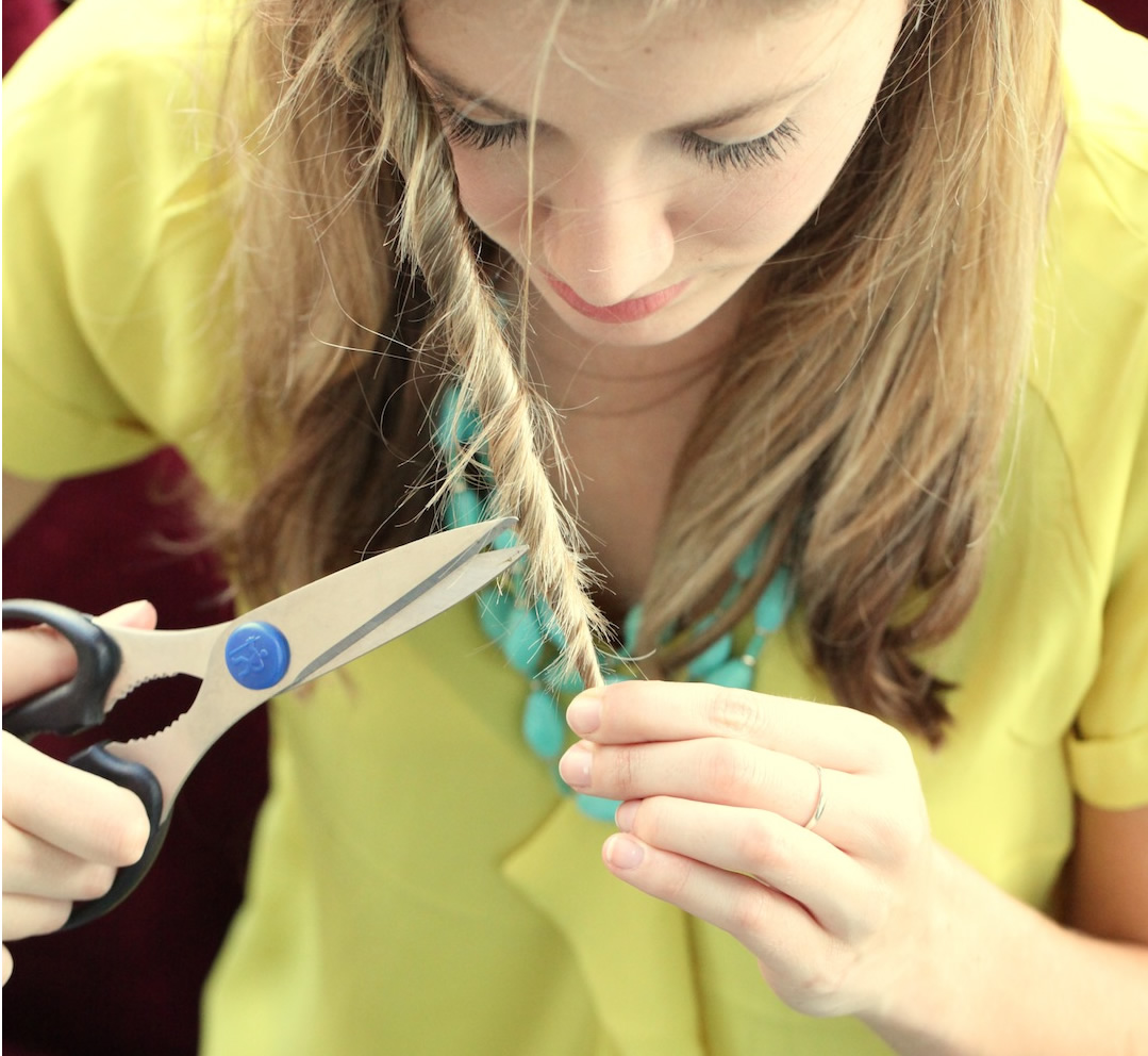 How to Trim Split Ends at Home - Your Beauty 11