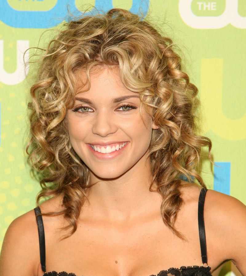 Layered Hairstyles For Medium Length Curly Hair Images & Pictures ...